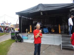 Jan Hillerns begrüßte die zahlreichen Besucher Hafenstaffel 2016 Foto: G. Ziemann
