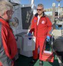 Dringender Transport: Seenotretter bringen Proben für Coronavirus-Tests ans Festland